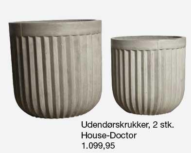 Udendørskrukker fra House Doctor i beton med flotte riller.