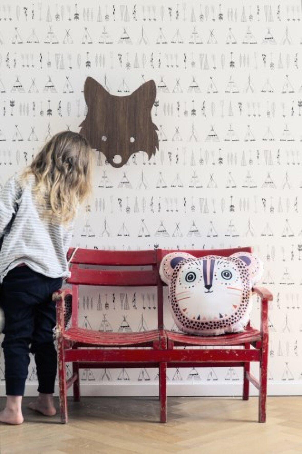 ferm living native tapet. Black Bedroom Furniture Sets. Home Design Ideas