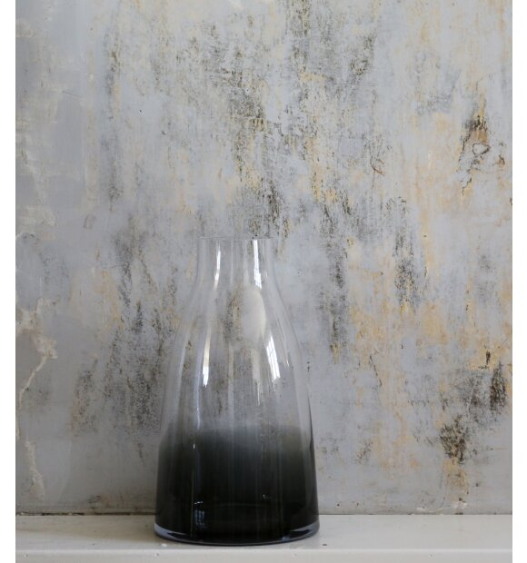 Ro Collection - Flower Vase No. 3, Smoked Grey