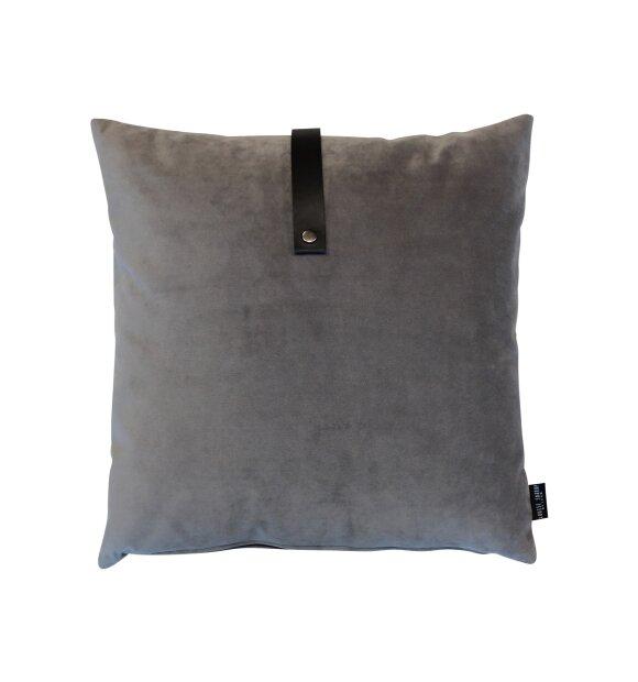 Louise Smærup - Velour pude, grå 50x50 cm