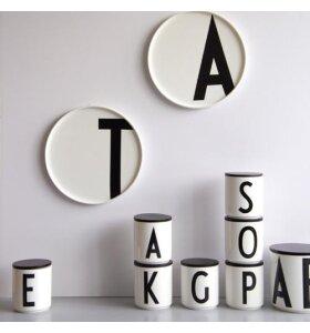 Design Letters - Sort trælåg til AJ kop