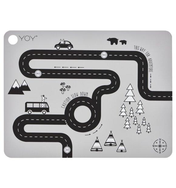 OYOY Living Design - Dækkeserviet, Adventure