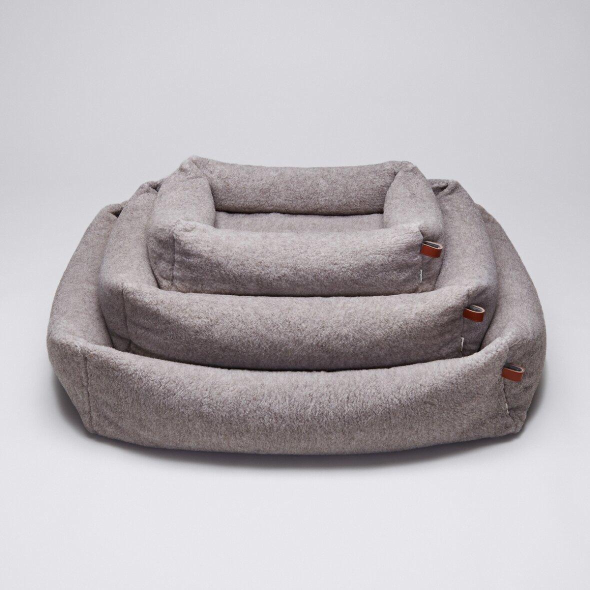 hundeseng sleepy deluxe teddy s fra cloud7 vaskbar. Black Bedroom Furniture Sets. Home Design Ideas