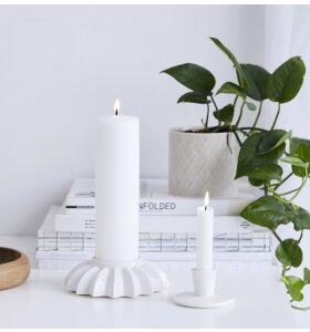 dottir NORDIC DESIGN - Lysestage Pipanella Lines/Flower, Hvid