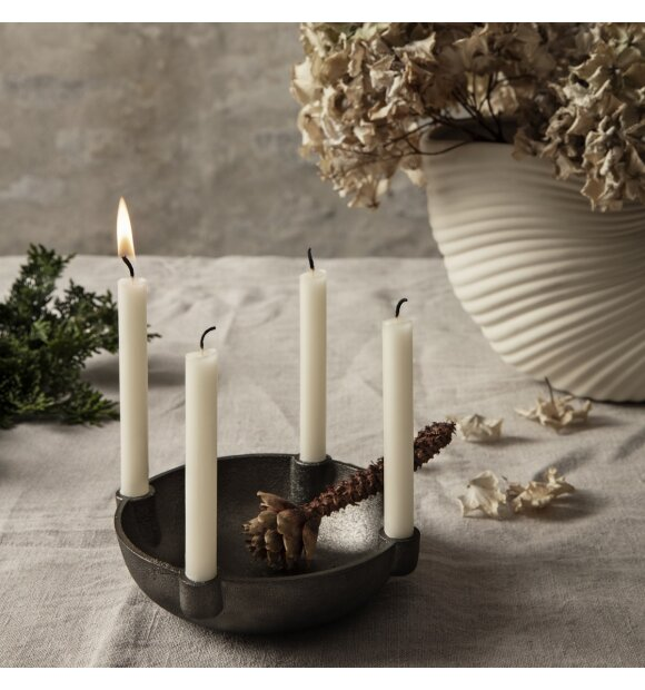 ferm LIVING - Bowl lysestage Small, Sort messing
