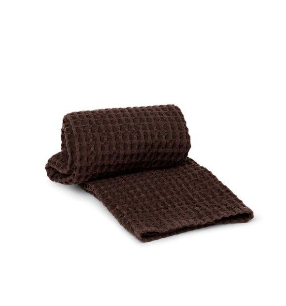 ferm LIVING - Økologisk håndklæde 50*100, Chocolate