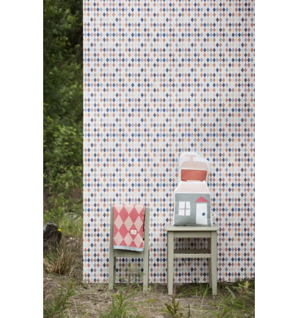 Ferm Living Tapete Harlequin : Happy Harlequin tapet fra Ferm Living – K?B flot tapet til
